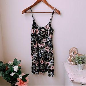 Floral Mini Dress 🌿